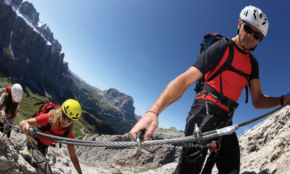 Walking holidays in the Dolomites: Do you want to experience an expedition in the mountains?
